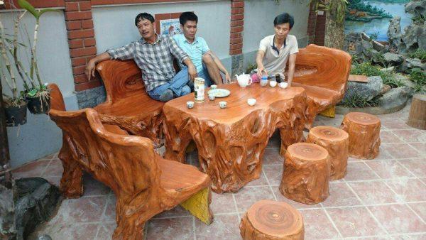 Bàn ghế đá giả gỗ độc HDD93