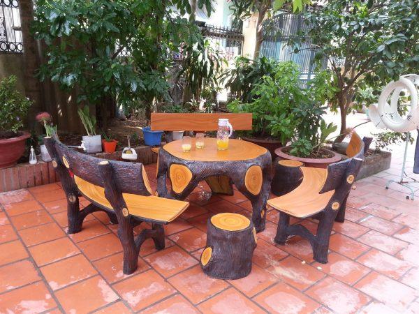 bàn ghế xi măng giả gỗ k1