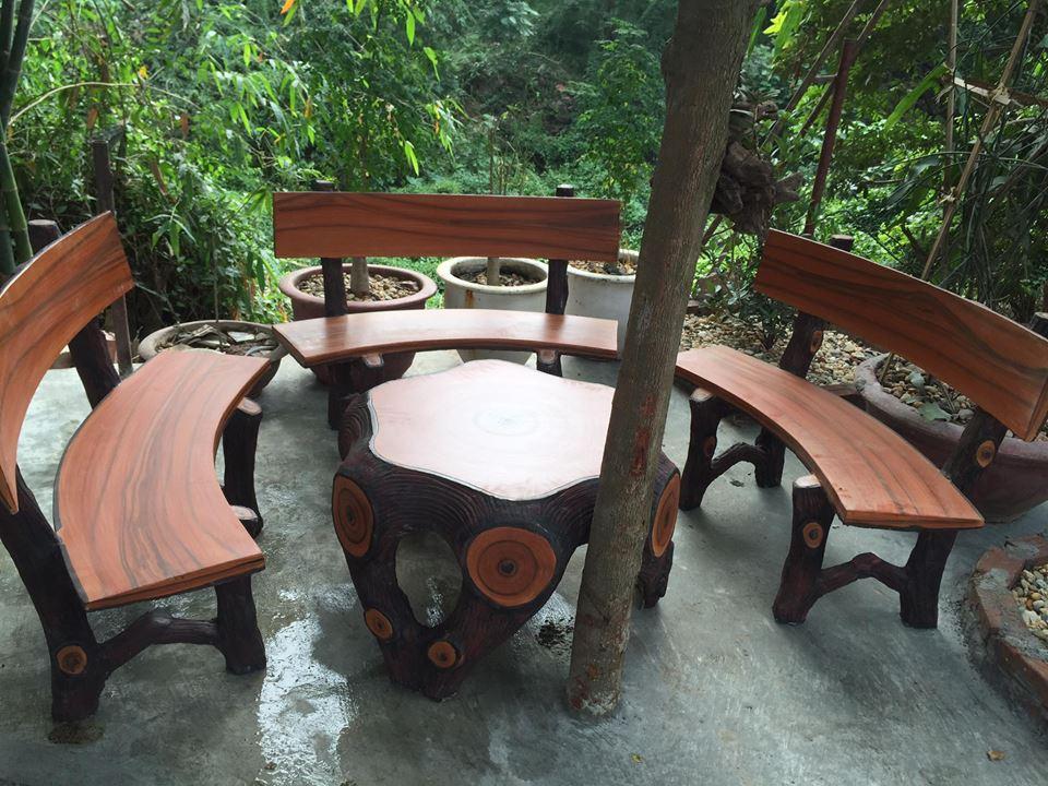 bàn ghế đá giả gỗ 60
