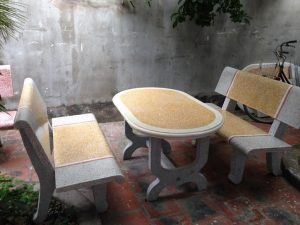 Bàn ghế đá sân vườn HDV17
