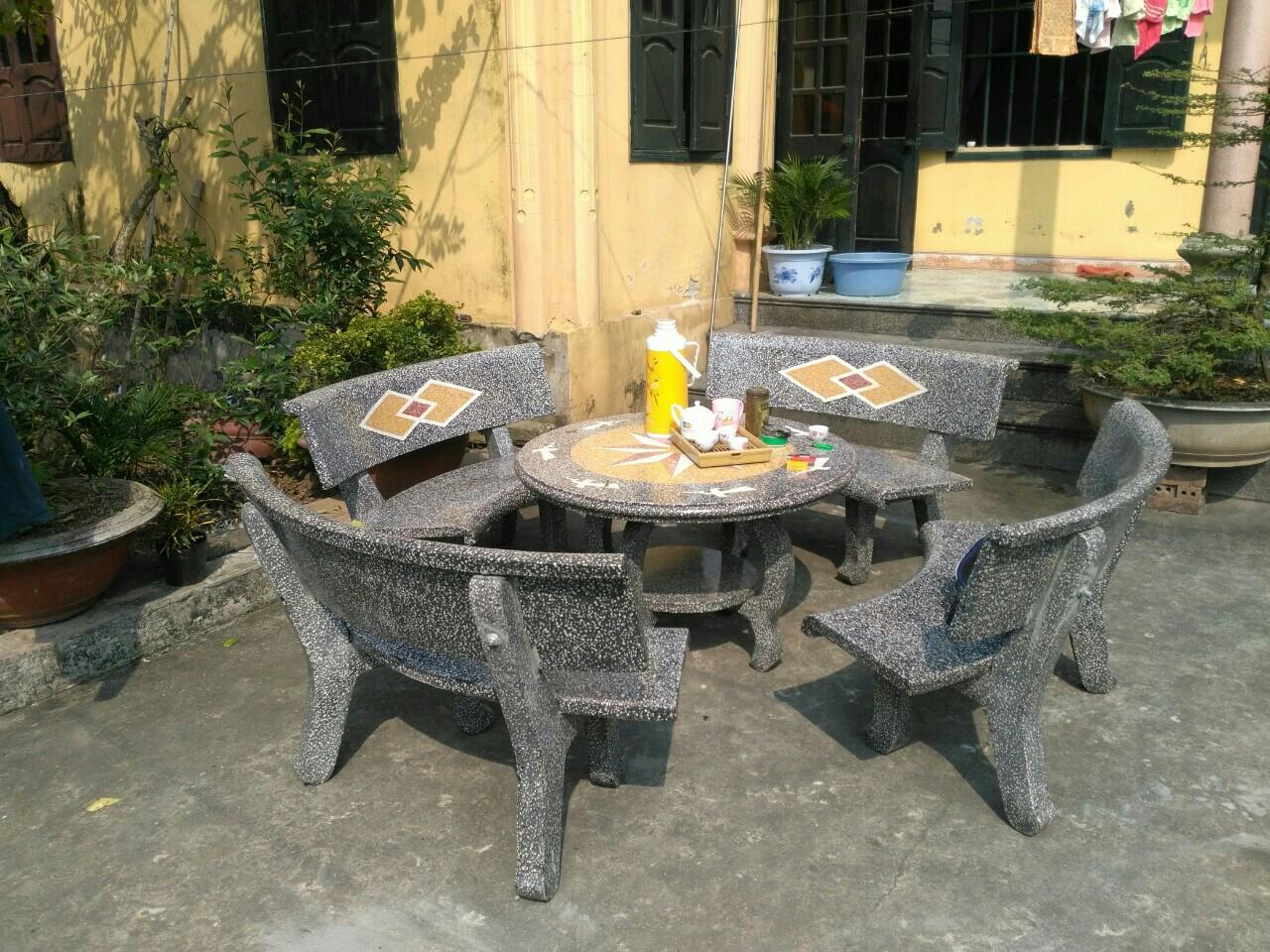 Bàn ghế đá sân vườn HDV14