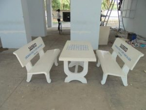 bàn ghế đá sân vườn 805