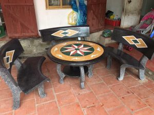 bàn ghế đá cong r5