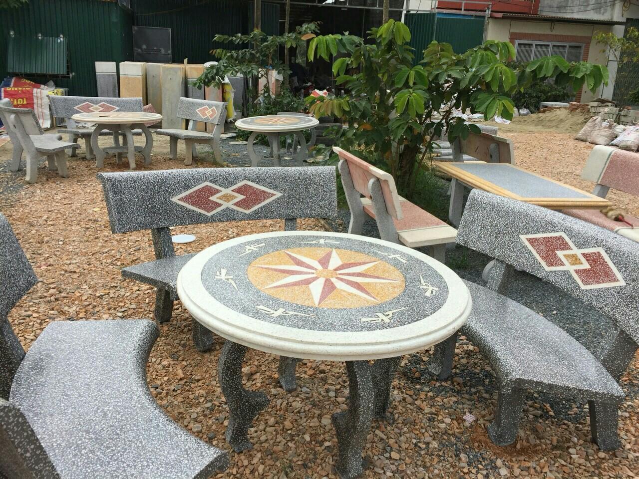 bàn ghế đá 1