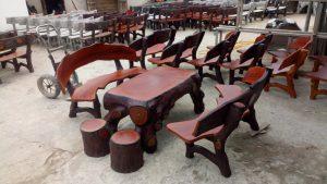 bàn ghế xi măng giả gỗ 64