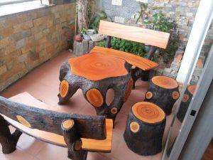 bàn ghế đá giả gỗ đẹp