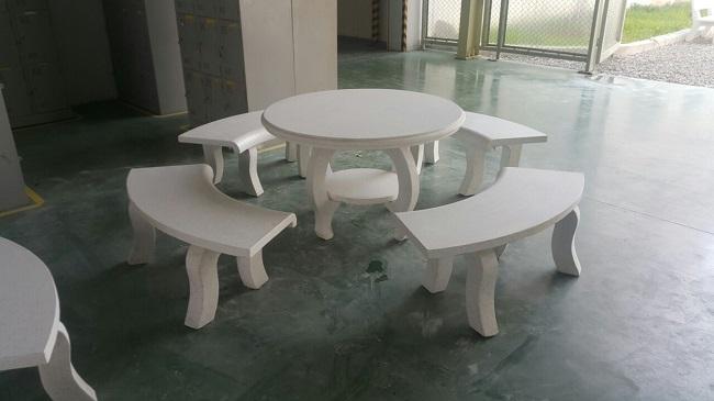 bàn ghế đá granito