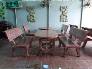 bàn ghế đá v24