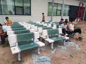 ghế đá màu trắng xanh k1