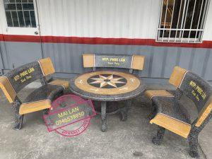 bàn ghế đá vàng ghi 1