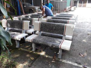 ghế đá granito màu trắng ghi